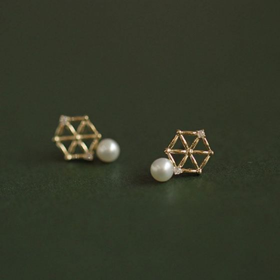 Fashion CZ Hollow Hexagons Shell Pearl 925 Sterling Silver Stud Earrings
