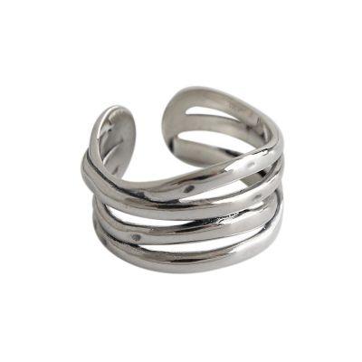 925の純銀製の調節可能なリングをひねるレトロな多ライン